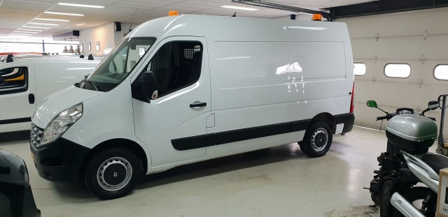 Renault Master T35 2.3 dCi L2H2 Eco
