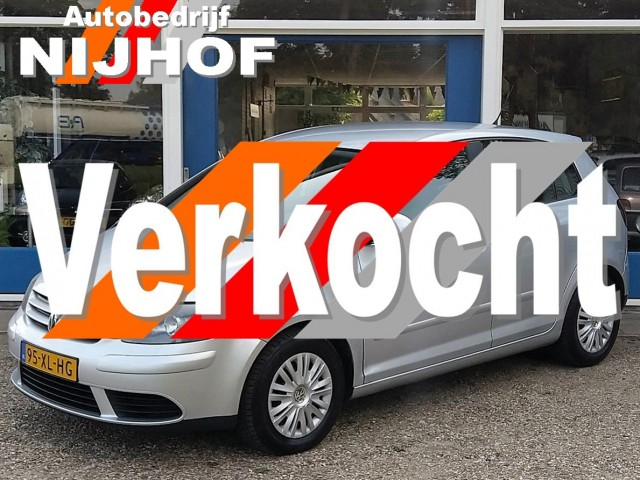 Volkswagen Golf 1.6 FSI Optive 3